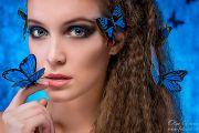 Творческая фотосессия в студии с бабочками