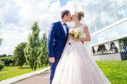 Свадебная фотосессия в гостинице и парках Кирова