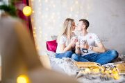 Новогодняя фотосессия для двоих в фотостудии Light Up